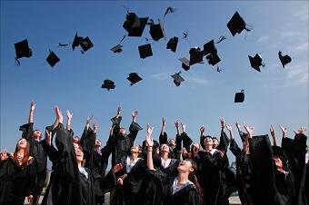 Études à l'étranger : L'équivalence des diplômes